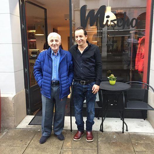 Charles Aznavour et son fils, Mischa
