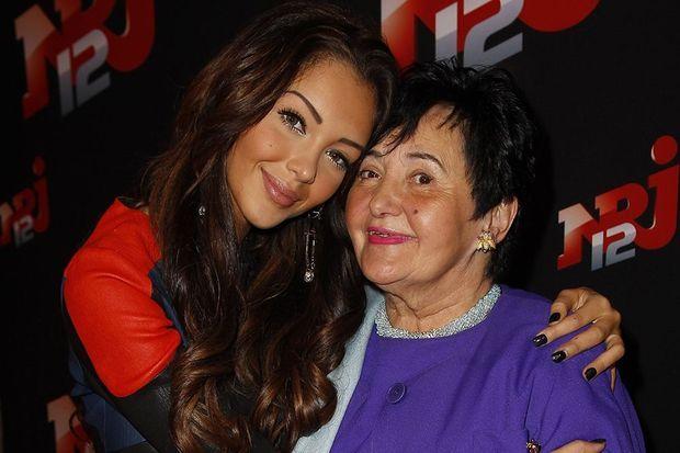Nabilla et sa grand-mère Livia, en octobre 2013 à Paris