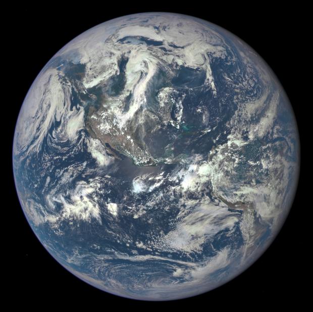 La nouvelle photo de la planète Terre