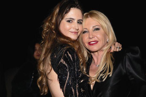 1er février 2020, Monte-Carlo. Maria-Luisa, fille et héritière de Luis Bacardi, avec sa mère, Monika, le jour de ses 19 ans