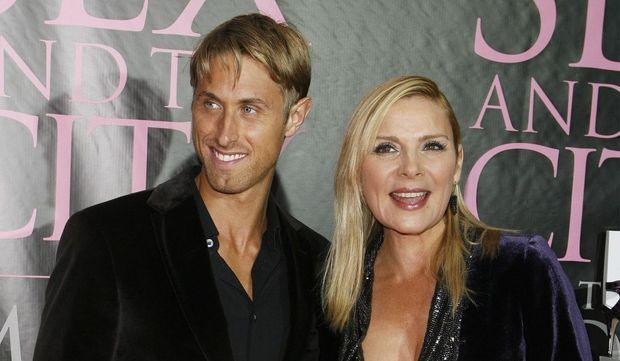2-photos-people-cinema-Kim Cattrall--Kim Cattrall et son boyfriend