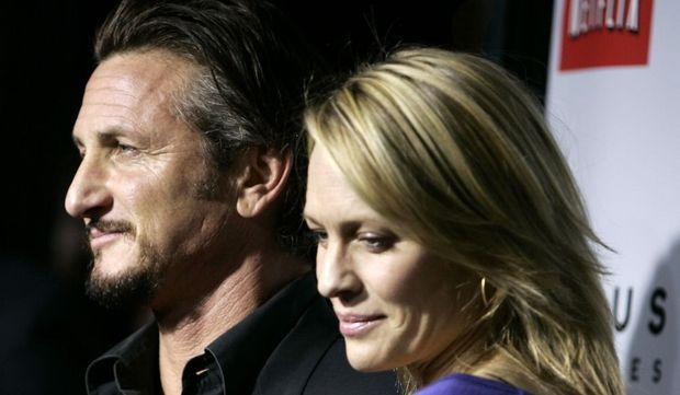 2-photos-people-cinema-Sean Penn Robin Wright nostalgiques--