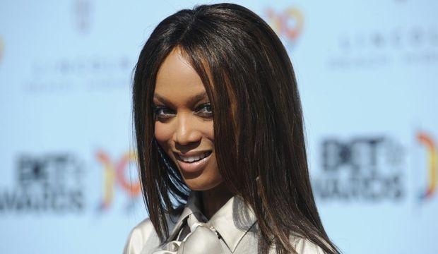 2-photos-people-mode-Tyra Banks--Tyra Banks visage