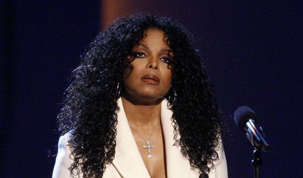 2-photos-people-musique-Janet Jackson hommage à son frère--