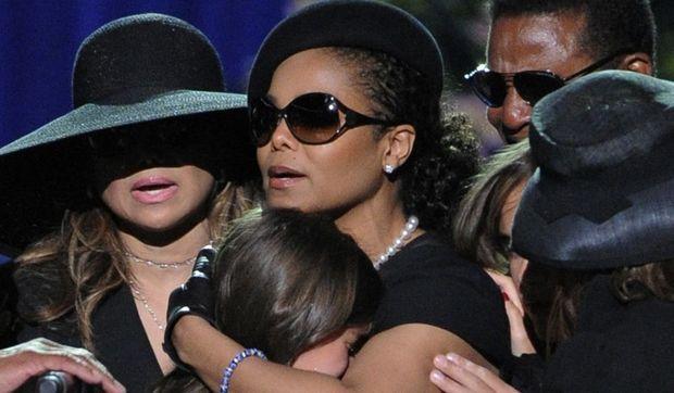 2-photos-people-musique-Janet Jackson--Janet Jackson très digne concert hommage à Michael Jackson