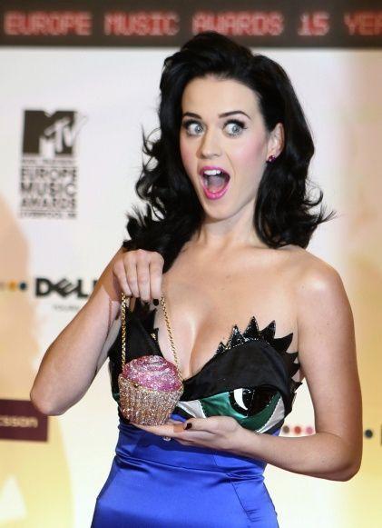 2-photos-people-tv-classement-des-10-femmes-les-plus-sexy-en-2009-Katy Perry exentrique--