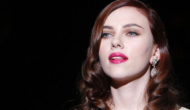 2-photos-people-tv-classement-des-10-femmes-les-plus-sexy-en-2009-Scarlett Johansson--
