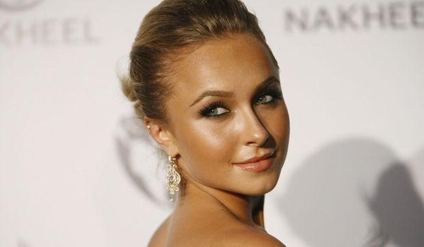 2-photos-people-tv-Hayden Panettiere --