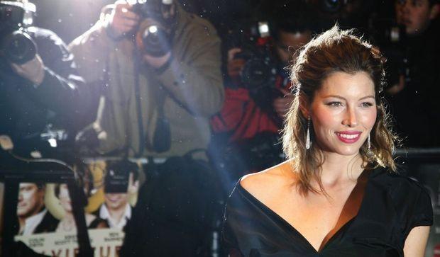 2-photos-people-tv-Jessica Biel--