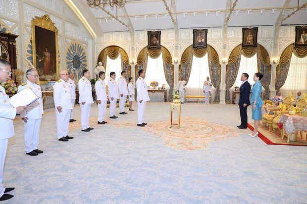 La reine Suthida et le roi de Thaïlande à Bangkok au palais Dusit à Bangkok, le 12 août 2020