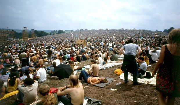 3-photos-culture-musique-woodstock-photos-articles-Woodstock papier 16 aout--