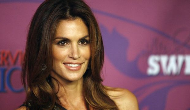 4-photos-conso-mode-Cindy Crawford--