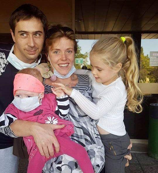 Le 7 octobre, la petite famille enfin réunie.