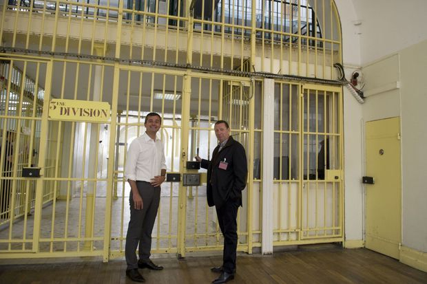 Pierre Botton et Julien Villeret, directeur de la communication d'EDF.
