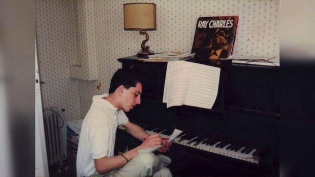 A 15 ans, fou de jazz et de piano : il joue depuis ses 6 ans