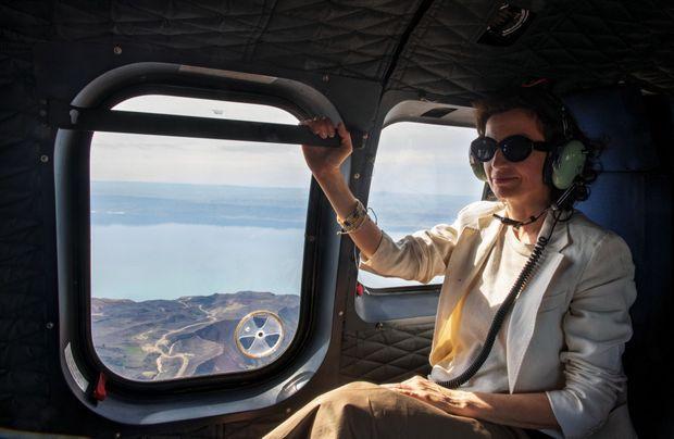 A bord d'un hélicoptère en route pour Pétra, le 5 mars