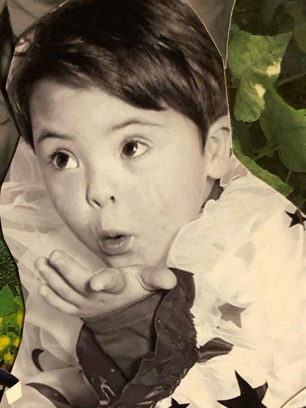 A l'âge de 6 ans, à Libreville (Gabon), où il a grandi avec sa mère, Valérie.