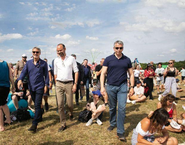A l'hippodrome de Longchamp le 23 juin pendant le festival contre le sida Solidays, avec Antoine de Caunes, président d'honneur.