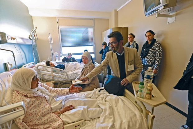 . A l'hôpital, des salafistes remplacent les services sociaux et rendent visite… religieusement.