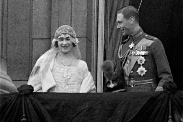 Le prince Albert et Elizabeth Bowes-Lyon, le jour de leur mariage, 26 avril 1923