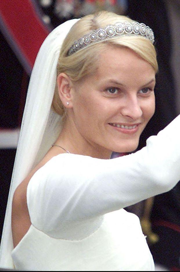 Le diadème de Mette-Marit Tjessem Høiby, le jour de son mariage avec le prince Haakon de Norvège, le 25 août 2001