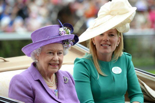 Autumn Phillips avec la reine Elizabeth II au Royal Ascot, le 20 juin 2013