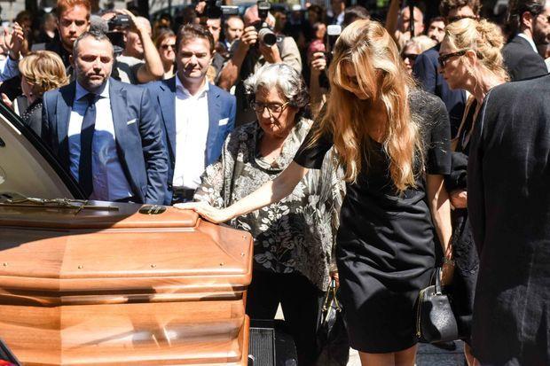 Beatrice Borromeo lors des obsèques de sa grand-mère Marta Marzotto à Milan, le 1er août 2016
