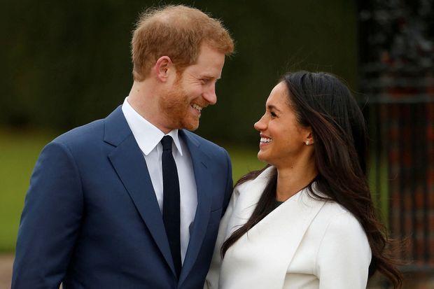 Harry et Meghan lors de l'annonce officielle de leurs fiançailles le 27 novembre 2017 à Londres