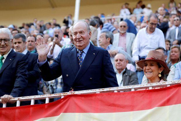 L'ex-roi Juan Carlos d'Espagne et l'infante Elena à Madrid, le 5 juin 2019