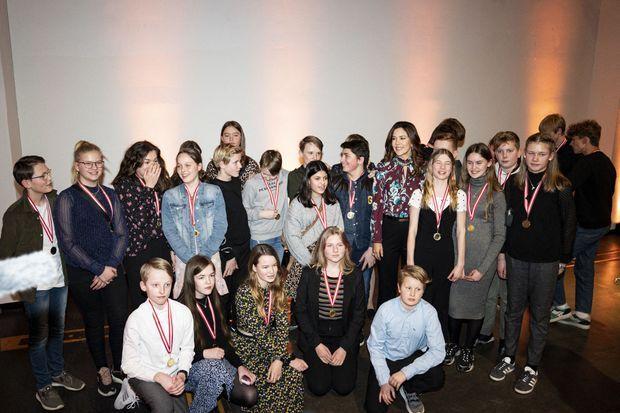 La princesse Mary de Danemark avec les lauréats du Concours des médias, le 29 janvier 2020