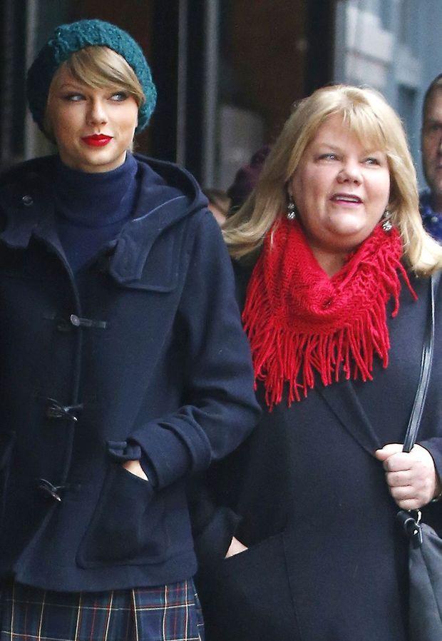 Taylor Swift et sa mère Andrea en 2014