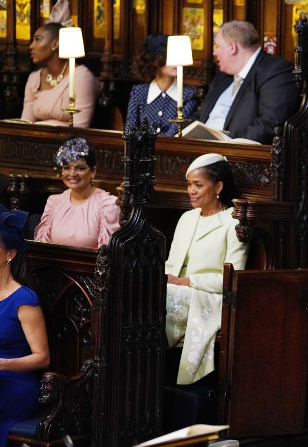 Benita Litt en compagnie de la mère de Meghan Markle, lors du mariage de Meghan et Harry