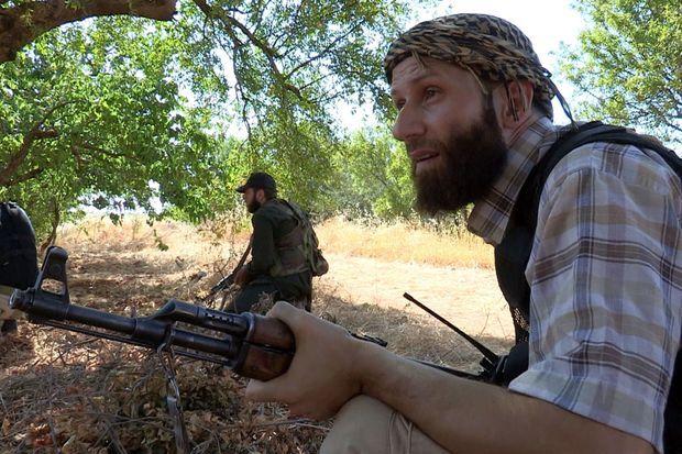 Abderahmane Ayachi combattant les forces du dictateur Bachar El Assad en Syrie en 2013, dans la province d'Idlib.