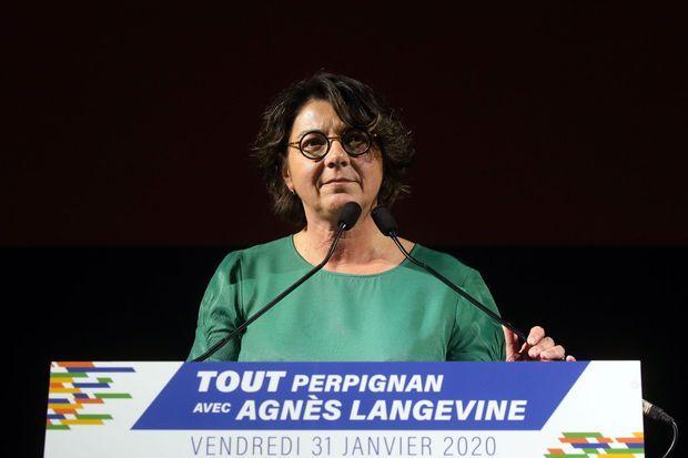 Agnès Langevine, candidate EELV à la mairie de Perpignan, lors d'un meeting le 31 janvier.