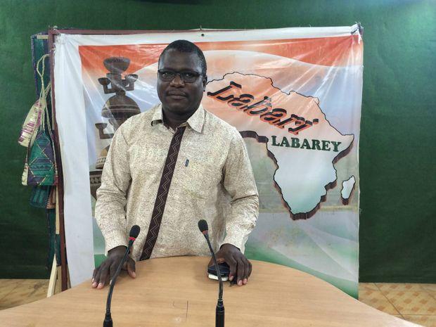Ali Idrissa ici sur le plateau de Labari TV à Niamey en mars 2016, aujourd'hui prisonnier politique dans les geôles du président Issoufou