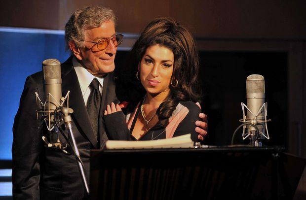 Son dernier enregistrement, un duo avec son idole le crooner Tony Bennett, date de mars 2011.