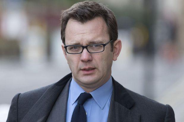 Andy Coulson arrivant au tribunal de Londres, le 3 février.
