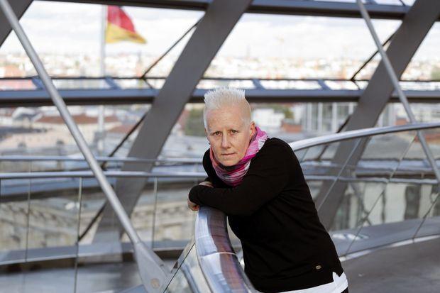 Angela Marquardt dans la coupole du Bundestag.
