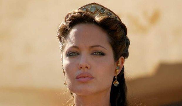 Angelina Jolie dans Alexandre-