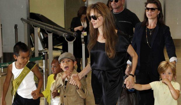 Angelina jolie et ses enfants-