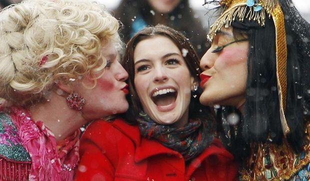 Anne Hathaway élue femme de l'année par la Hasty Pudding Theatricals-