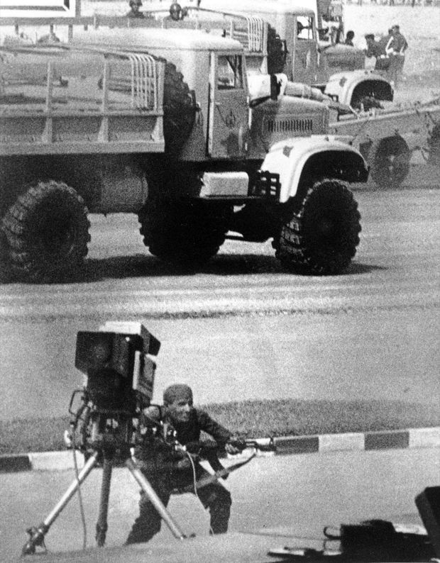 L'assassinat d'Anouar el-Sadate, au Caire le 6 octobre 1981, lors de la parade militaire commémorant la guerre d'octobre 1973.