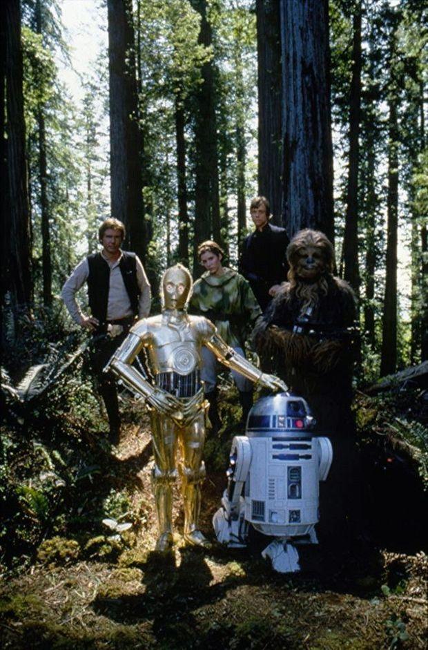 Anthony Daniels sur le plateau du « Retour du Jedi », en 1983