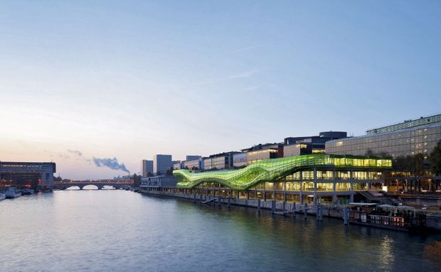 Jakob + MacFarlane. Les Docks : la Cité de la mode et du design, inaugurée en 2012.