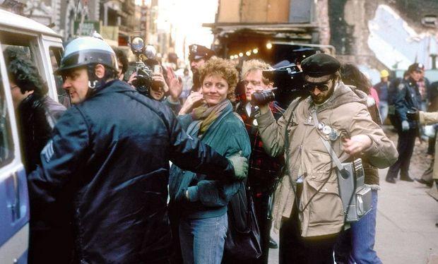 Arrêtée pour désobéissance lors d'une manifestation à New York, le 22 mars 1982.