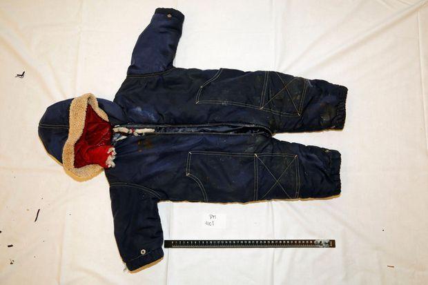 La combinaison bleue que portait Artin.