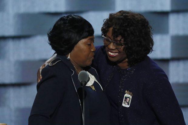 Au congrès démocrate de Philadelphie, en juillet dernier, Felicia Sanders a pris la parole accompagnée d'une autre survivante de Charleston.