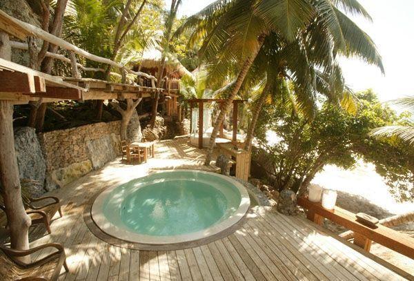 Aux Seychelles l'île de tous les caprices.-
