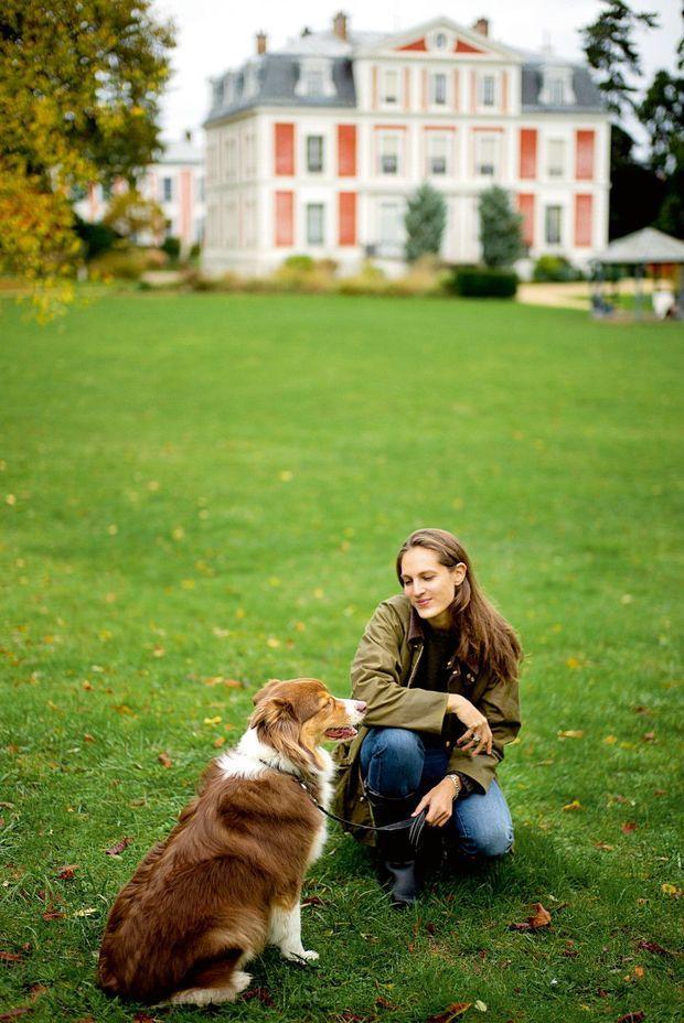 Avec Django, un chien-guide écouteur pour malentendants.