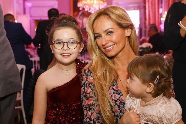 Avec Emma, la gagnante de Voice Kids, et Nina.